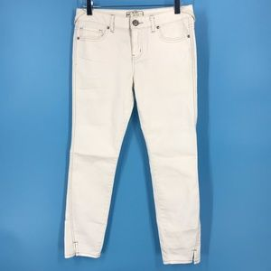Free People white jeans size 27.